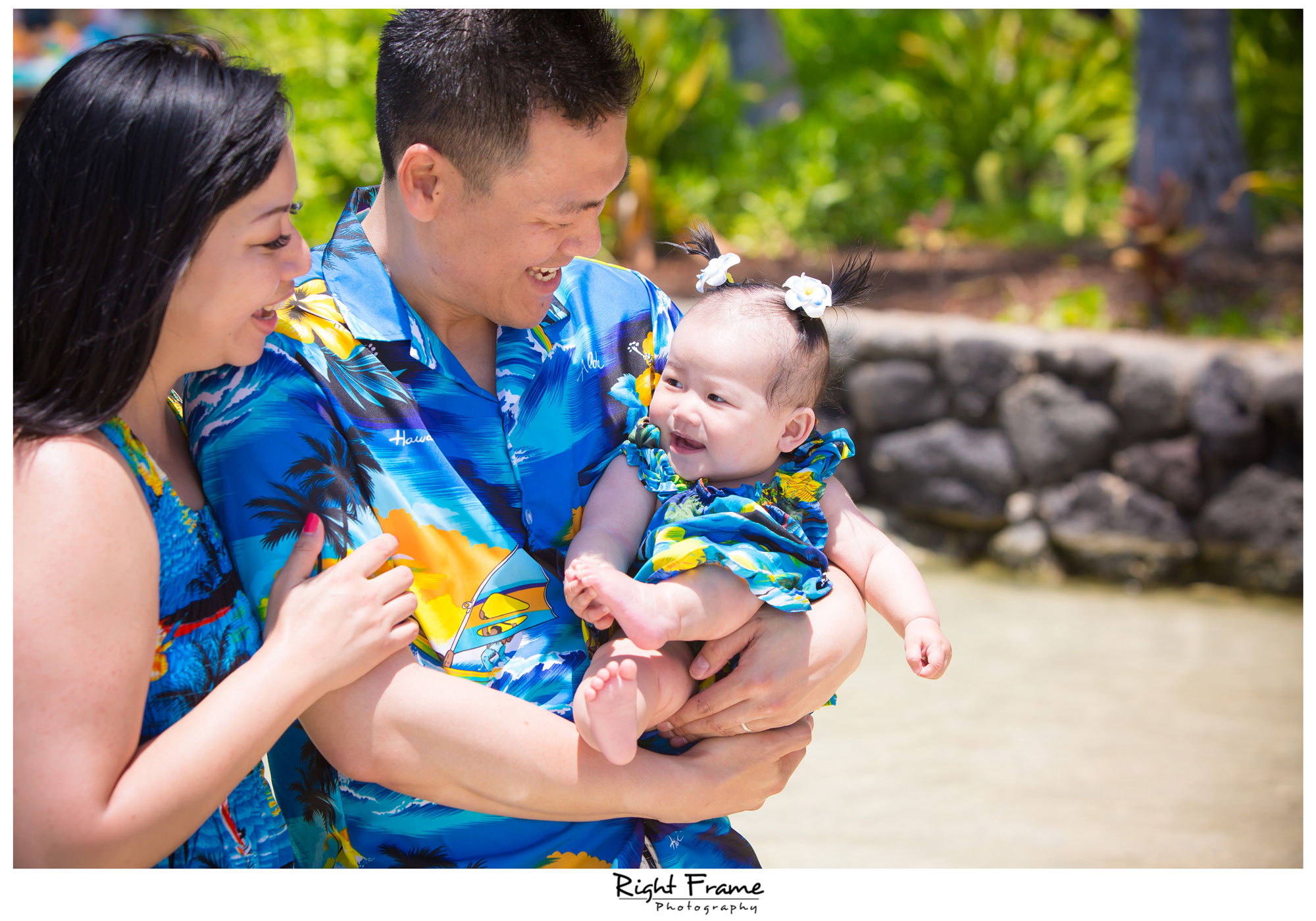 Family Portraits in Hawaii WAIKIKI BEACH