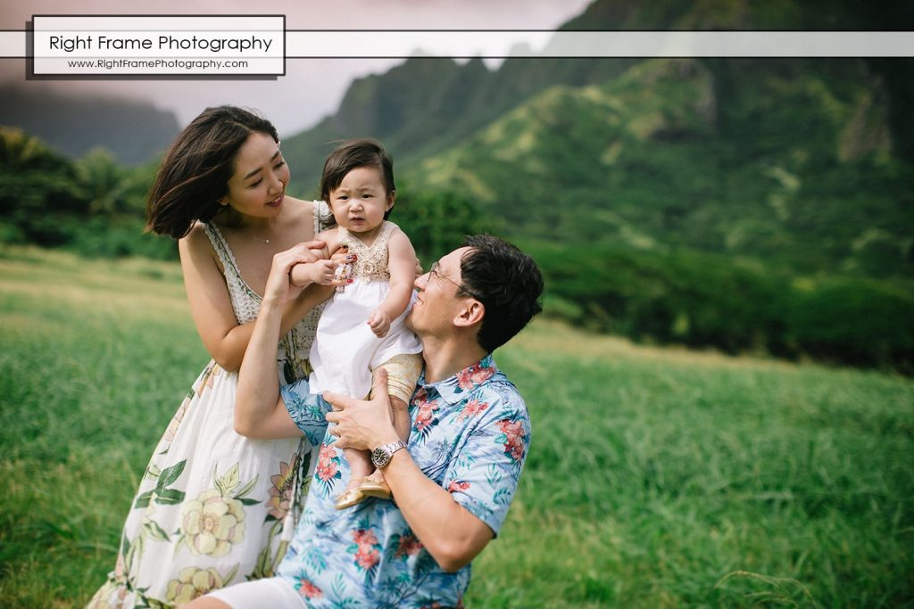 family professional photographers near Disney Aulani Resort Ko Olina Kualoa regional Park