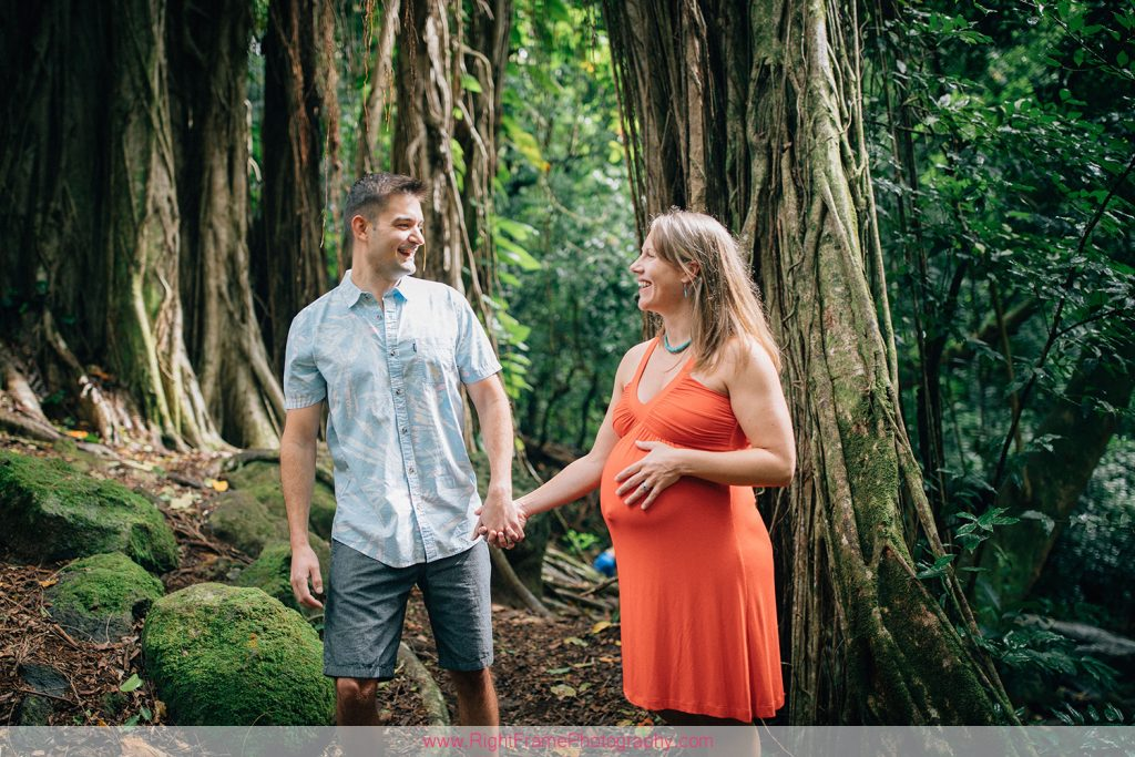 Maternity Photographer Honolulu Nuuanu Judd Trail