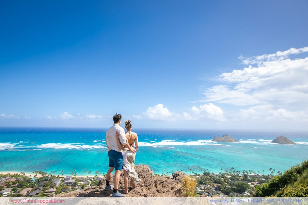 Oahu Proposal Photographer Lanikai Pillbox Hike
