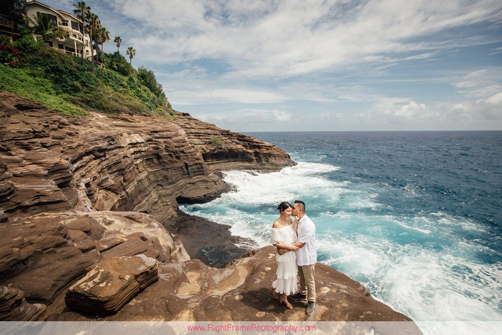 Engagement Photos at Portlock Oahu