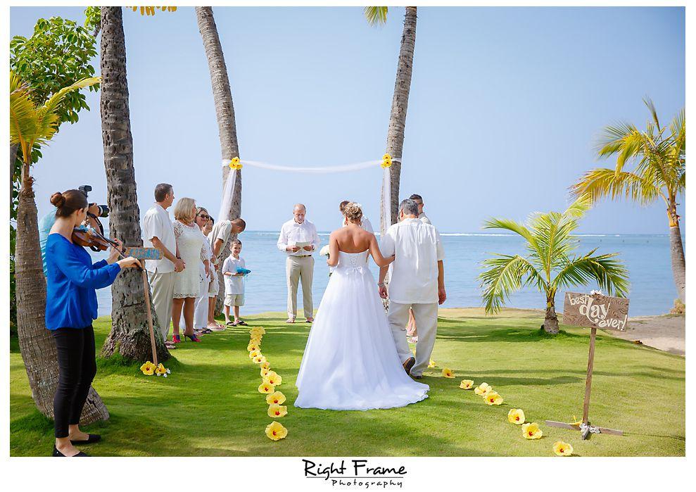 100 Kahala Beach Wedding Oahu Photographer